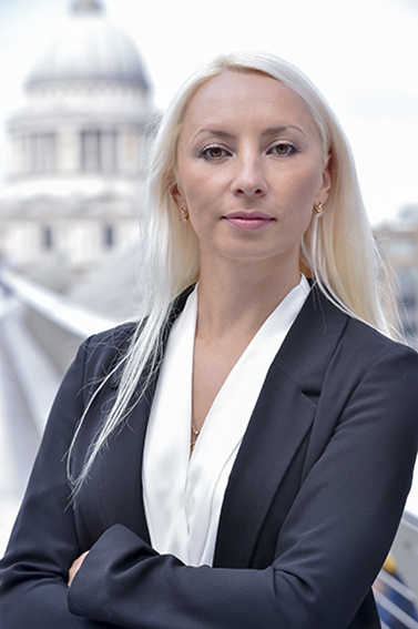 Marketing director's headshot in London with St Pauls in background