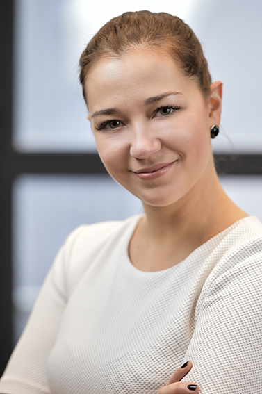 LinkedIn corporate headshot for businesswoman in a London offices