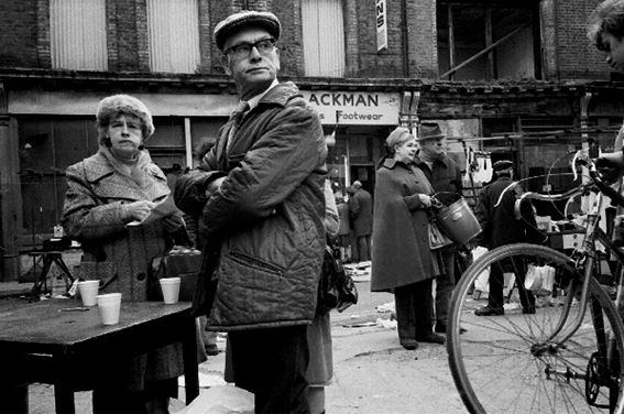 Phil Maxwell's photographs of London's East End 1980s