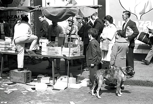 Unseen Photographs of Notting Hill and Portobello Road Market in the 1950s and 60s